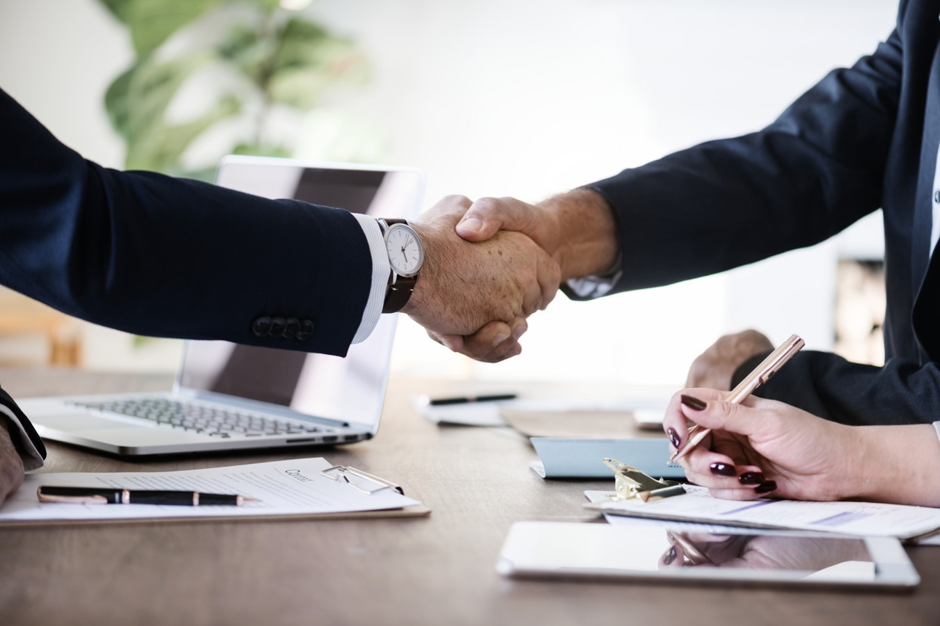 The Key to Supplier Management: Build Lasting Relationships